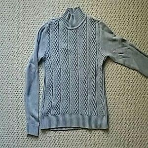 Knit heather gray sweater